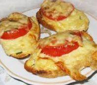 Как приготовить закусочную брускетту с сыром и помидорами